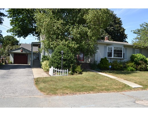 347 Margaret St, New Bedford, MA 02744