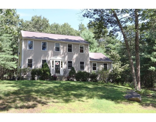 45 Devon Dr, Northbridge, MA 01588