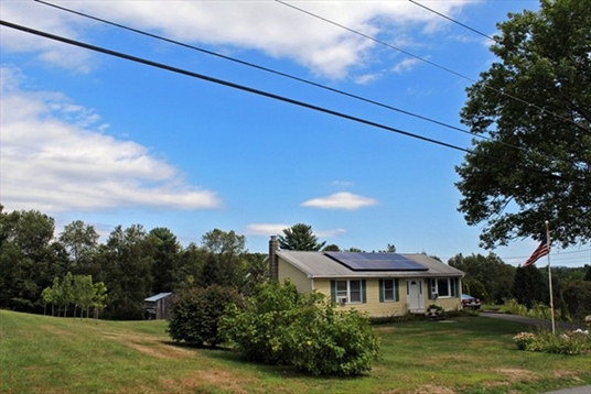 68 Cross Street, Bernardston, MA: $225,000