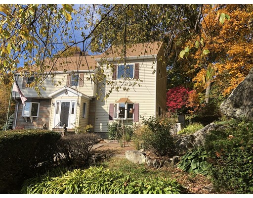 10 Woodside Lane, Arlington, MA 02474