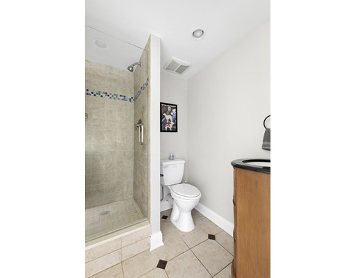 120 Commercial St #1-2, Boston, MA 02109
