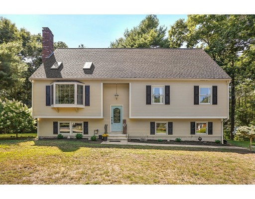 4 Old Plate Rd, Wareham, MA 02576