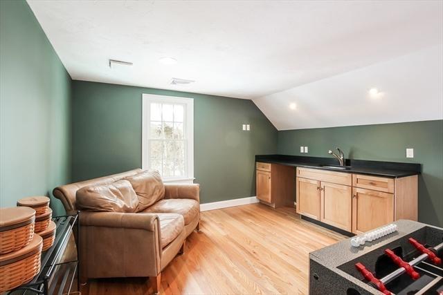 135 Cedar Street Barnstable MA 02668