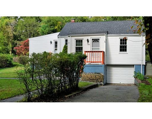 312 Pond St, Holbrook, MA 02343
