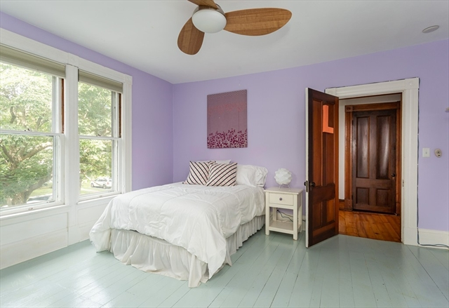 143 Lincoln Avenue Amherst MA 01002