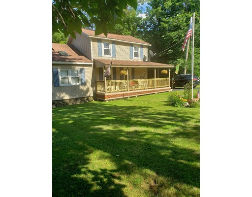 24 Redfield, Leicester, MA 01611