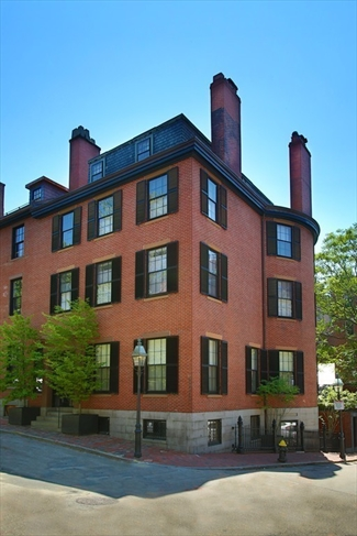 8 Mt Vernon Place Boston MA 02108