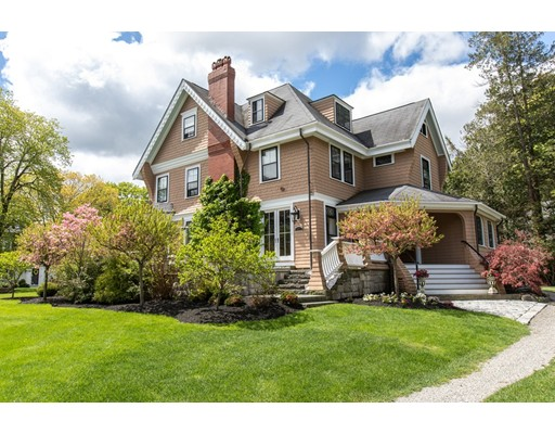31 Brook St, Wellesley, MA 02482