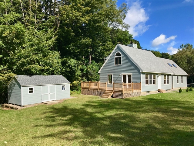 13 West Parsons Drive Conway MA 01341
