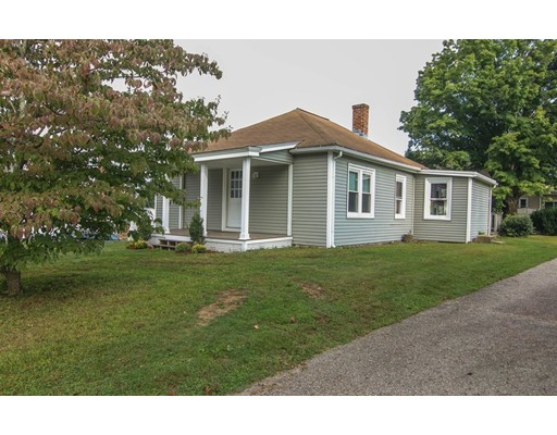 26 Central St, Brookfield, MA 01506