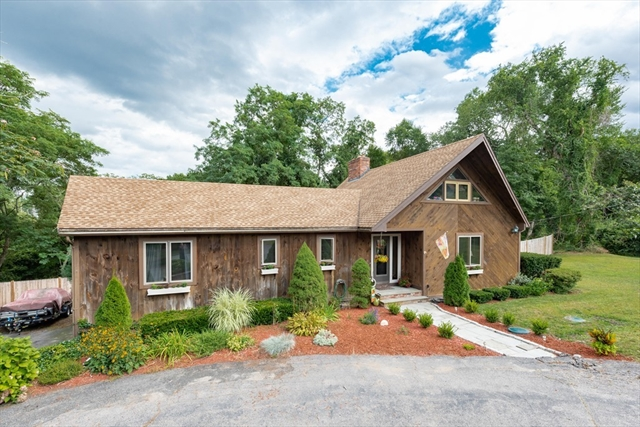 2 Old Powder House Road Lakeville MA 02347