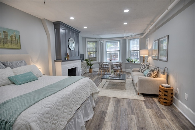 342 Commonwealth Avenue Boston MA 02115