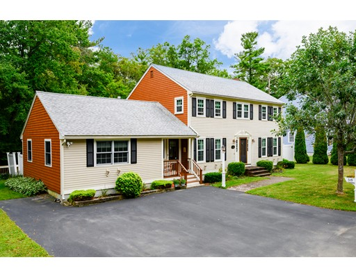 58 Morningside Dr, Rockland, MA 02370