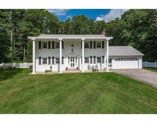 11 Holly Hl, Halifax, MA 02338