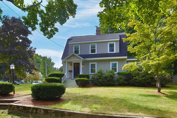 11 Forest Glen Road Reading MA 01867
