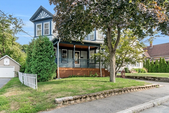 18 Benton Street Middleboro MA 02346