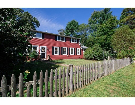 109 Glenwood Place, Hanson, MA 02341