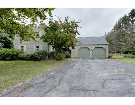 5 Mount View Dr, Paxton, MA 01612