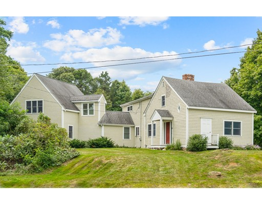 81 Old Plymouth Rd, Bourne, MA 02562