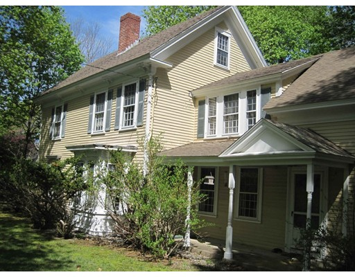 4 Crooked Meadow Ln, Hingham, MA 02043