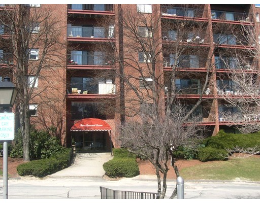 2 Summit Drive Unit 27, Reading, MA 01867