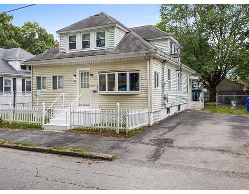 88 Finch Ave, Pawtucket, RI 02860