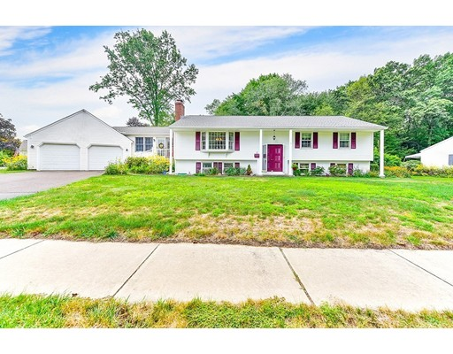18 Dorothy St, Enfield, CT 06082