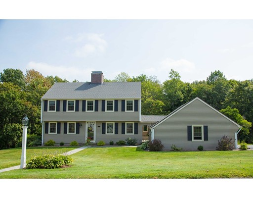 25 Dennison Hill Road, Southbridge, MA 01550