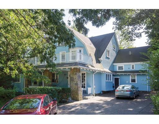 155 Kilsyth Rd, Boston, MA 02135