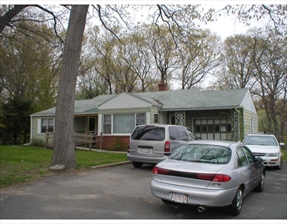 1783 Memorial Drive, Chicopee, MA 01020