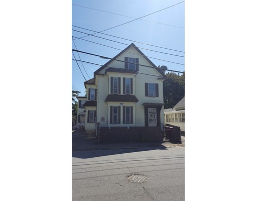 26 Manchester Street, Lowell, MA 01852