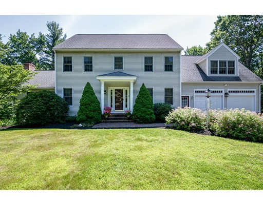 13 Country Club Rd, Sterling, MA 01564