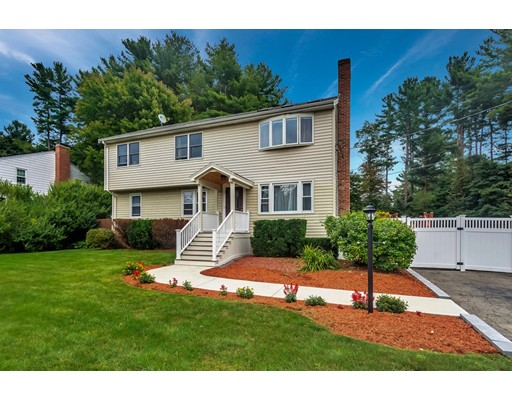 212 Fox Hill Rd, Burlington, MA 01803