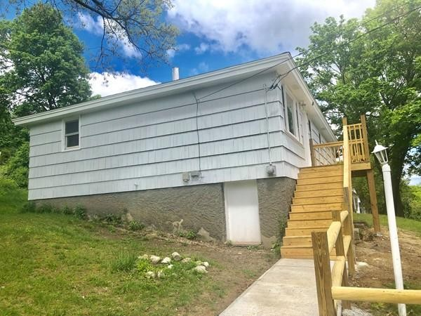 86 Andrews Avenue Worcester MA 01605