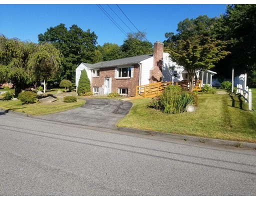 53 Paradox Dr, Worcester, MA 01602