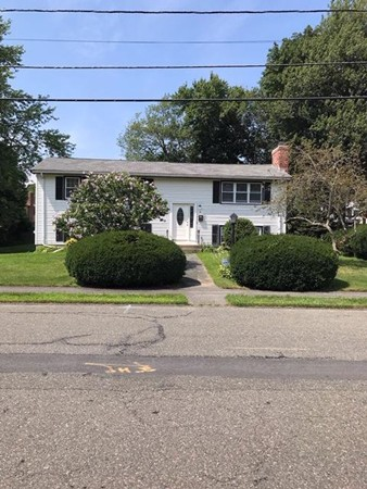 8 Worcester Road Peabody MA 01960
