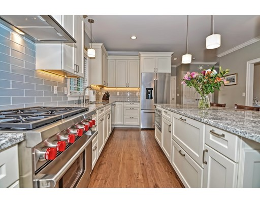 3 Notch Rd, Walpole, MA 02081