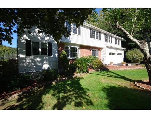 12 Gannon Terrace, Framingham, MA 01702