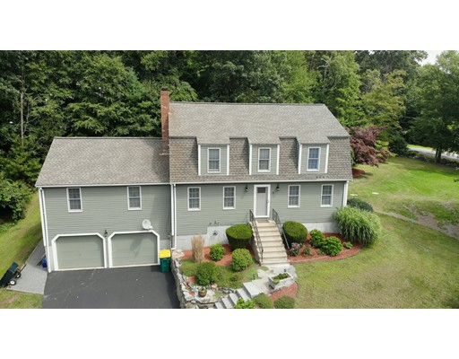 8 Old Coach Rd, Millville, MA 01529