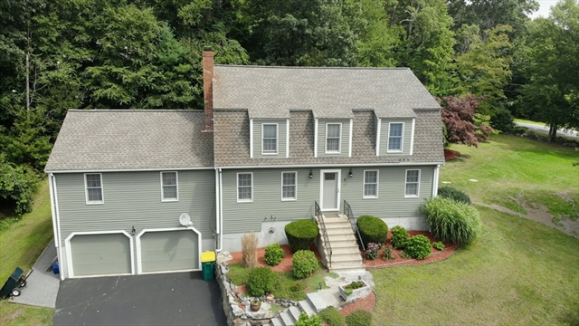 8 Old Coach Road Millville MA 01529