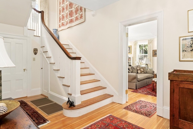 186 Warren Street Brookline MA 02445