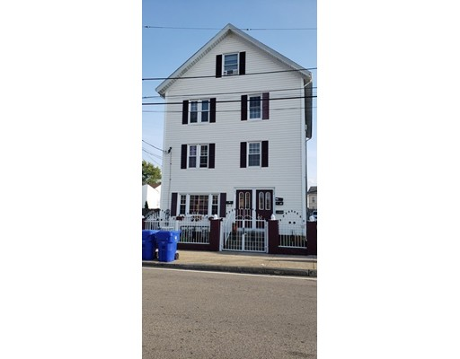 50 Comstock St, Pawtucket, RI 02860