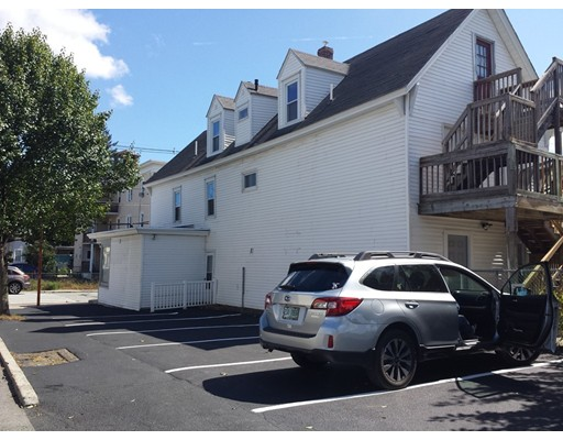 696 Lakeview 3, Lowell, MA 01850