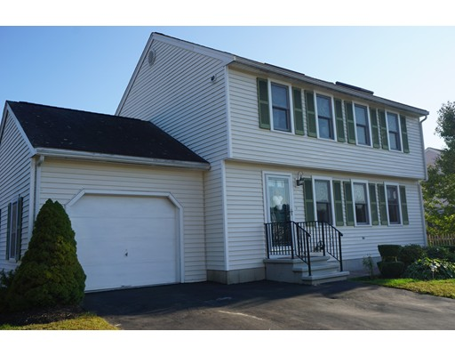36 Lamplighter  Lane, Chelmsford, MA 01863