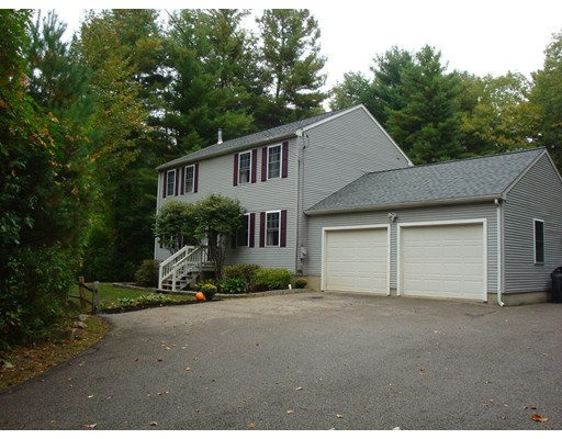 483 Alpine Dr, Southbridge, MA 01550