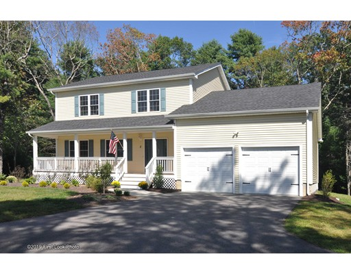 5 Shadow Ridge Dr, Richmond, RI 02812