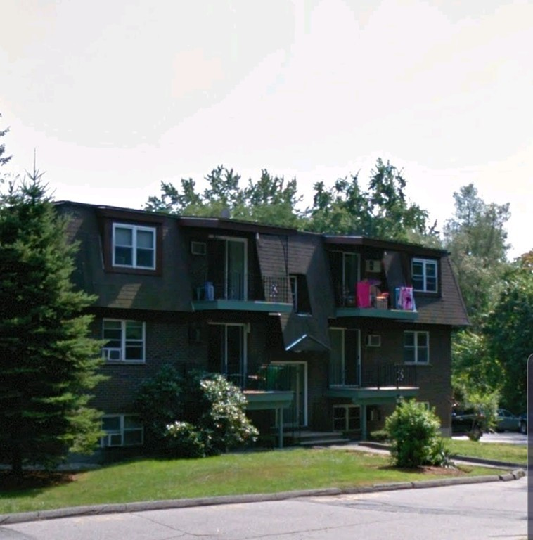 Photo of 700 Robbins Ave Dracut MA 01826