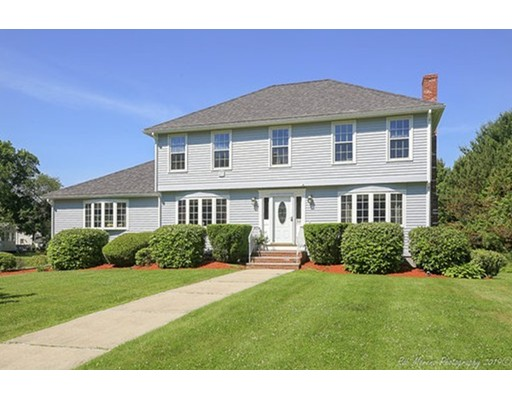 30 Pinewood Lane, Groveland, MA 01834