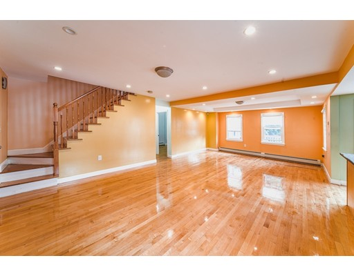 Photo of 224 Presidents Lane, Quincy, MA