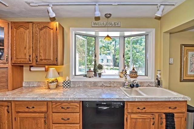 139 Overbrook Drive Wellesley MA 02482
